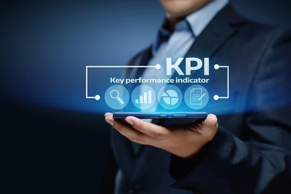 measuring warehouse efficiency through detailed kpi analysis