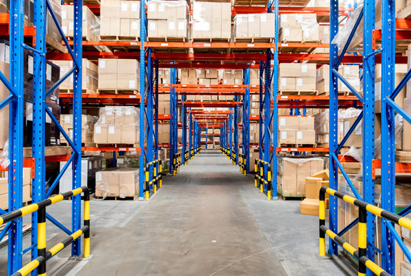 organized warehouse with good put-away and picking KPIs